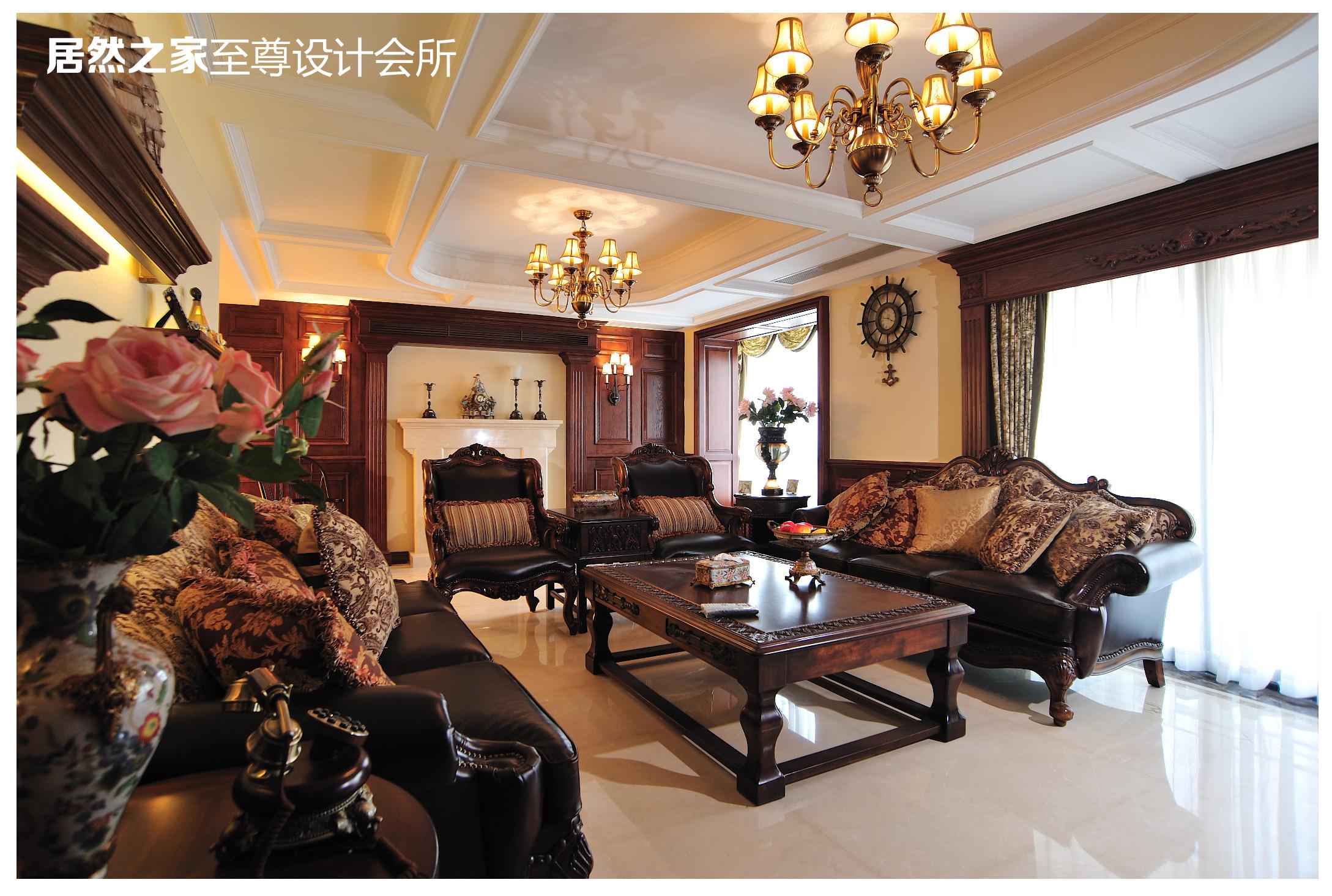 美式 古典 客厅图片来自武汉天合营造设计在复地东湖国际美式古典风情的分享