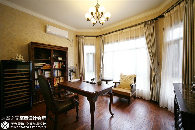 别墅 欧式 书房图片来自武汉天合营造设计在保利十二橡树古典欧式风的分享