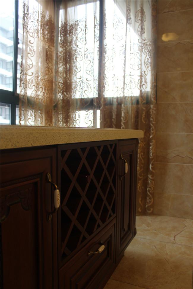 三居 欧式 卫生间图片来自成都金煌装饰在简欧风格的空间美学的分享