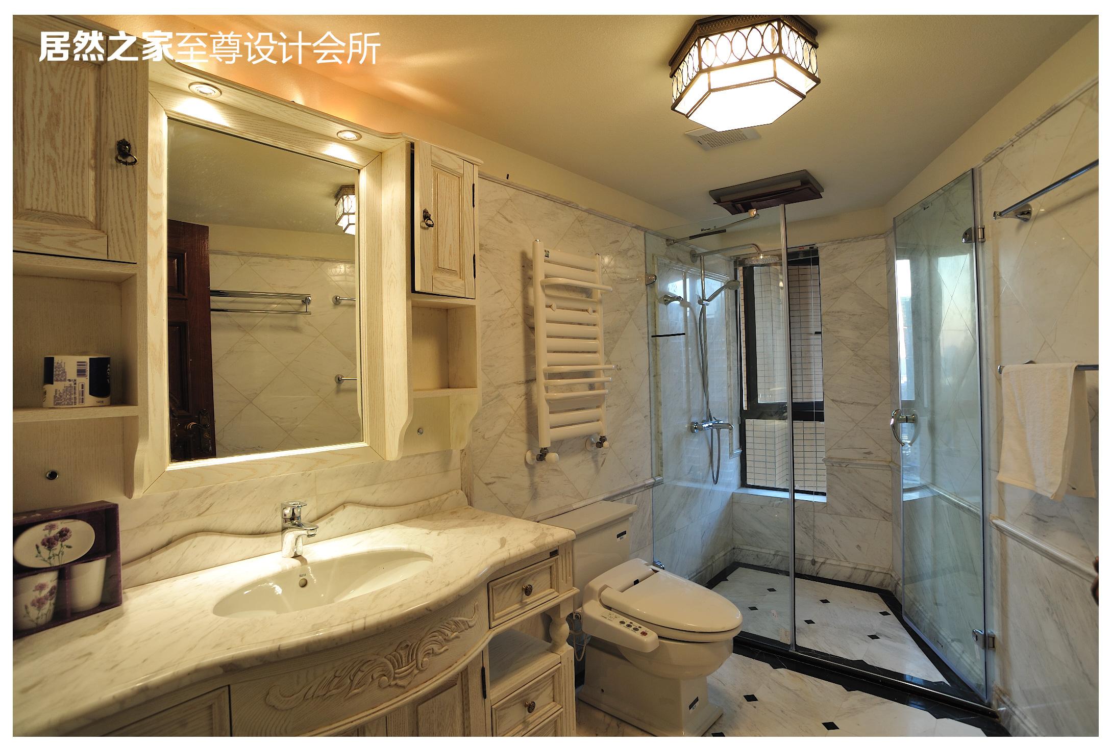 美式 古典 卫生间图片来自武汉天合营造设计在复地东湖国际美式古典风情的分享