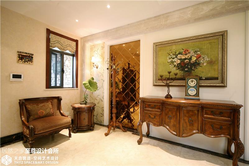 别墅 欧式 客厅图片来自武汉天合营造设计在保利十二橡树古典欧式风的分享