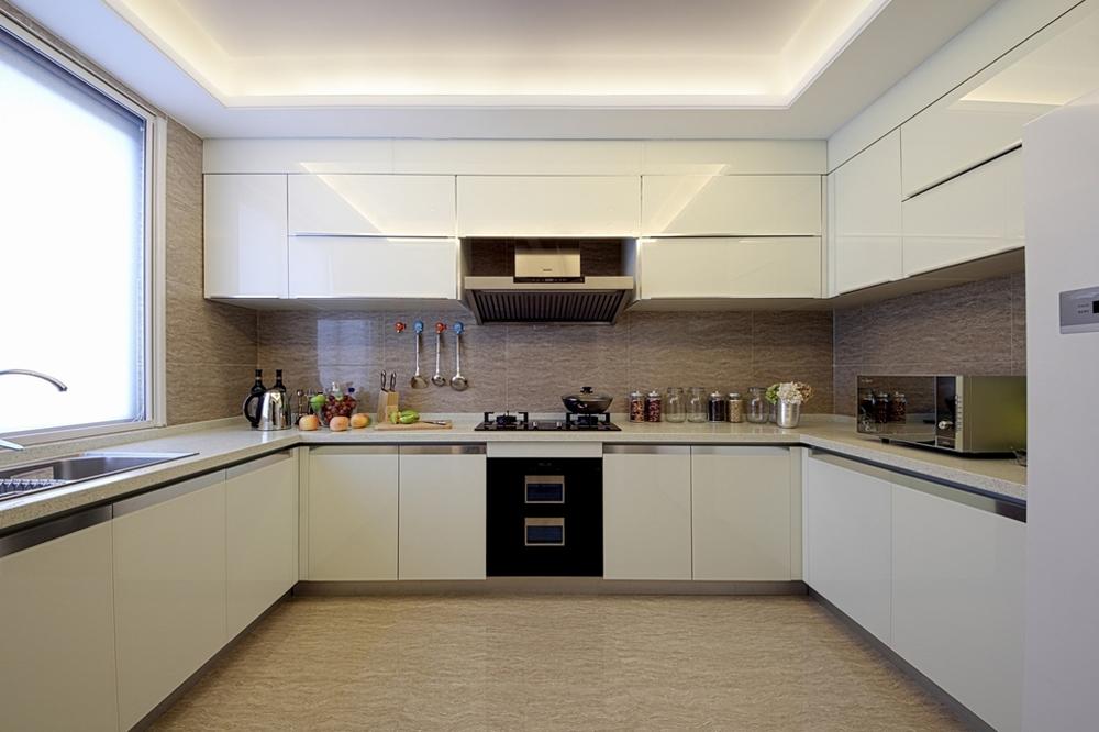 现代 三居 装修 设计 尚层装饰 厨房图片来自天津尚层装饰公司在生活,简约而不简单的分享