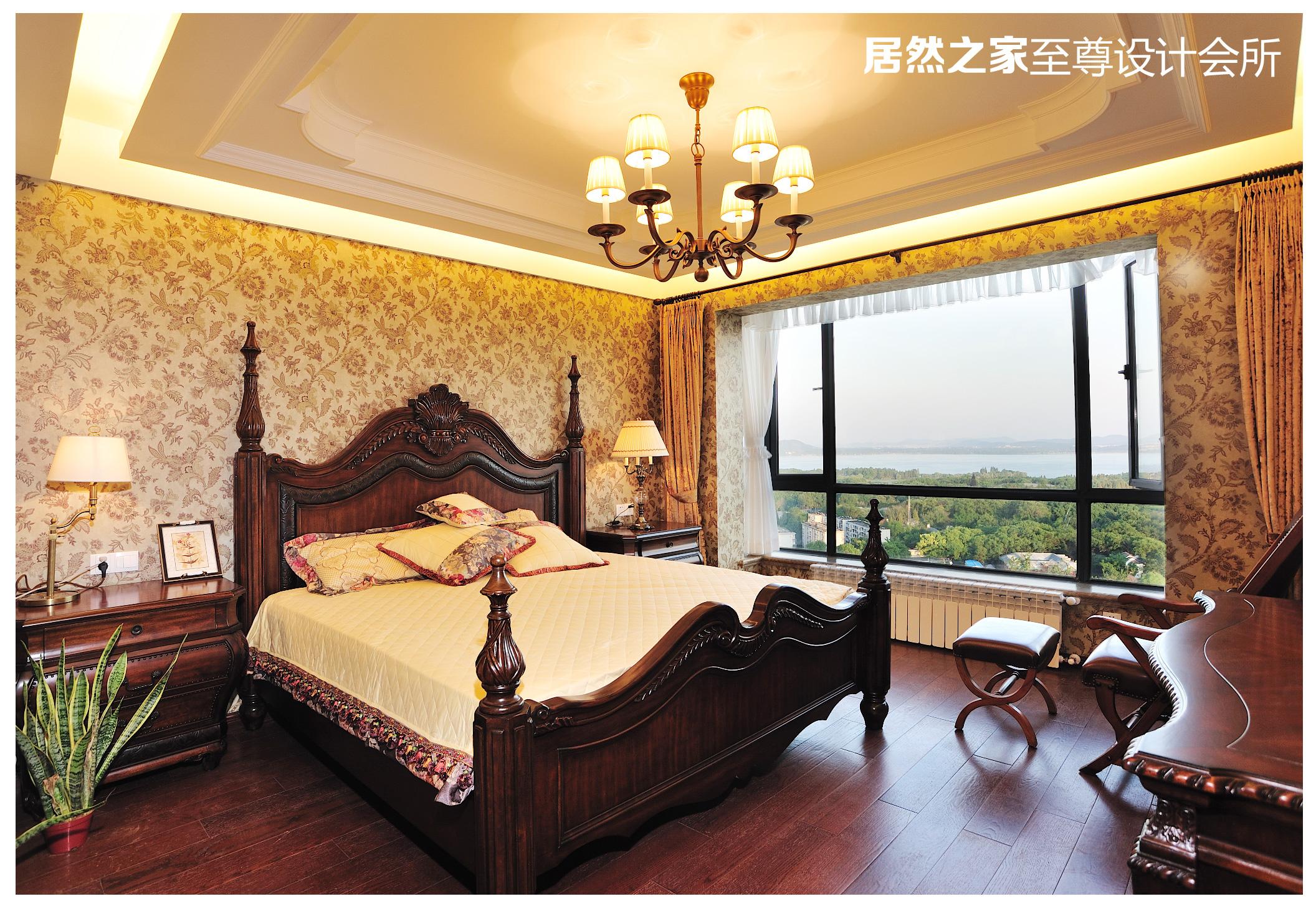 美式 古典 卧室图片来自武汉天合营造设计在复地东湖国际美式古典风情的分享