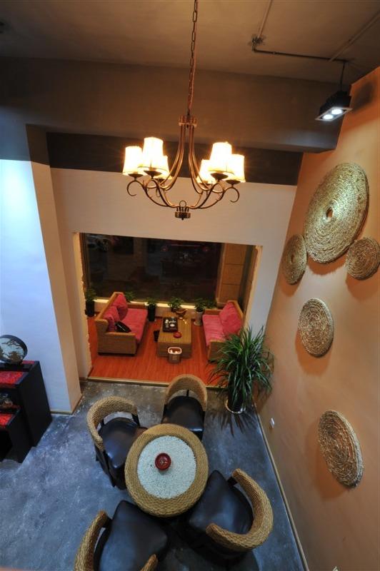 简约 混搭 80后 小资 白领 客厅图片来自壹块空间设计在my loft的分享
