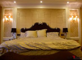 新古典 别墅 天湖郦都 名雕丹迪 别墅装饰 豪宅设计 高富帅 卧室图片来自名雕丹迪在新古典—398平贵族别墅装饰的分享
