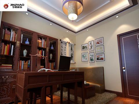 中式的家具的颜色比较重,虽可营造稳重的效果,但容易使环境陷入沉闷、阴暗中。因此必须保障足够的光源,运用物质技术手段和建筑美学原理,创造功能合理、舒适优美、满足人们物质和精神生活需要。