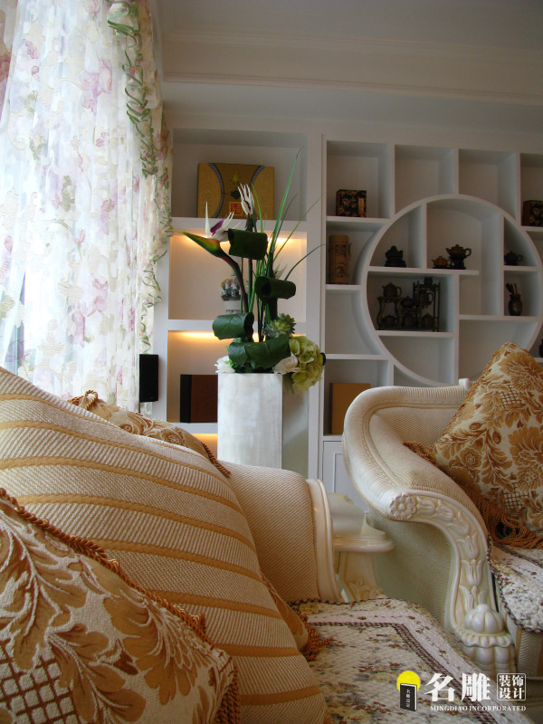 名雕装饰设计—天健现代城—简欧—沙发