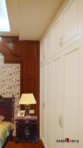 欧式 别墅 高富帅 公园大地 别墅装修 高端豪宅 名雕丹迪 衣帽间图片来自名雕丹迪在欧式—270平高端别墅豪宅装修的分享