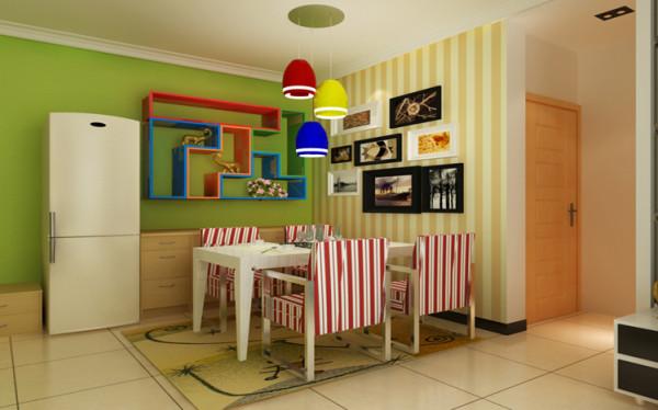 餐厅运用石膏线和壁纸以及墙上的多宝盒,让真个的餐厅可爱温馨,让人很有食欲