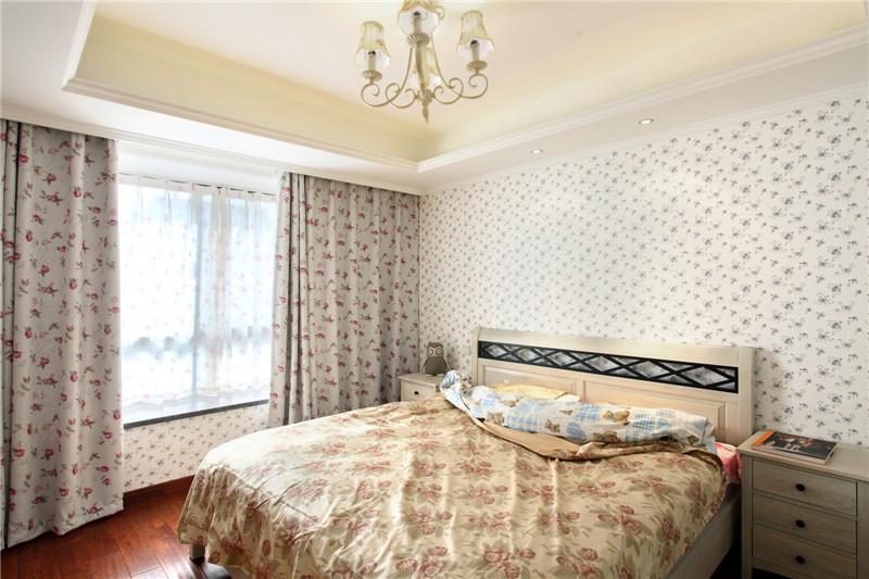 简约 二居 小资 80后 卧室图片来自山水人家装饰在世茂锦绣长江93平的分享