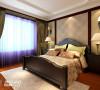 卧室:在色彩的选择上是以暖色与暗红色为主的搭配,这种色彩的搭配有利于睡眠,并且还有一种温馨的感觉。