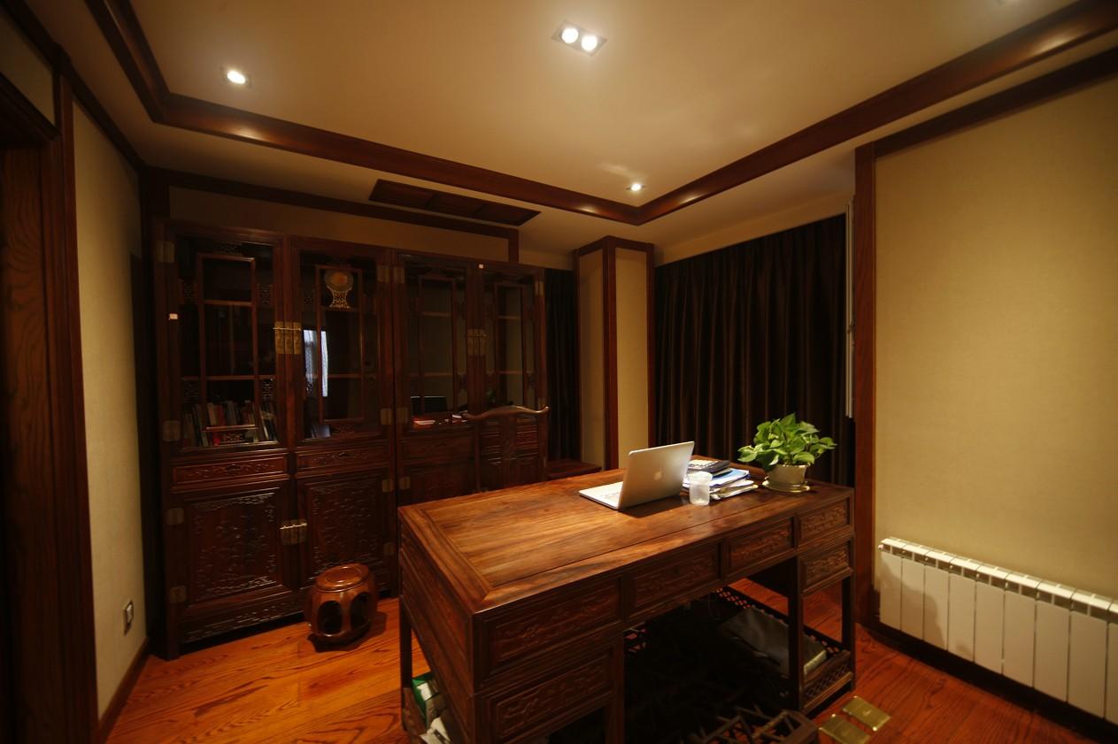 别墅 中式 书房图片来自成都家和在西江紫苑中式的分享