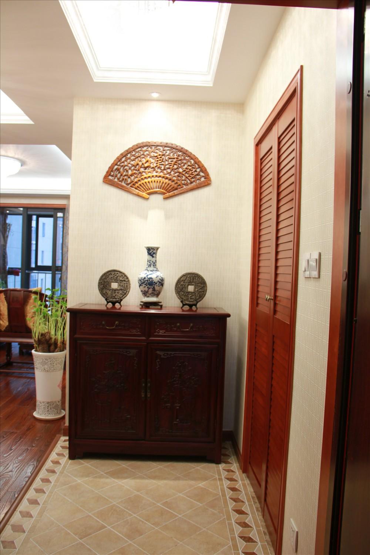 元洲 元洲装饰 美式风格 润泽公馆 北京装修 玄关图片来自元洲小贝在108平米中式风格的分享