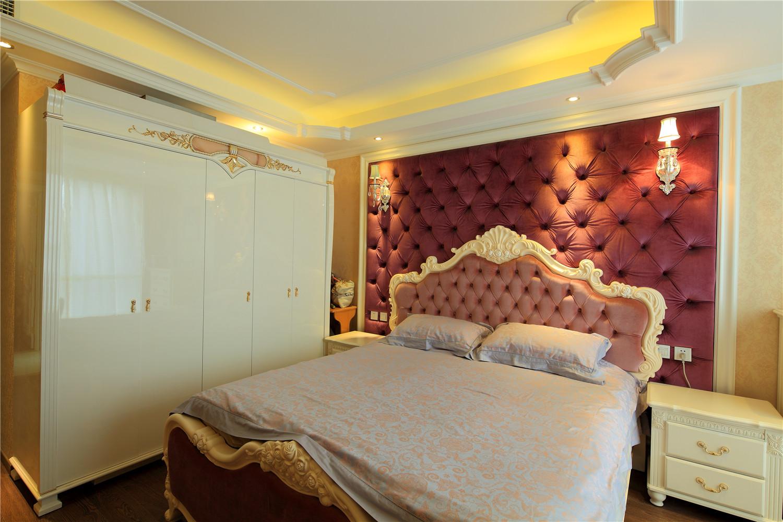 卧室图片来自沙漠雪雨在御翠尚府15万打造 欧式实景典范的分享