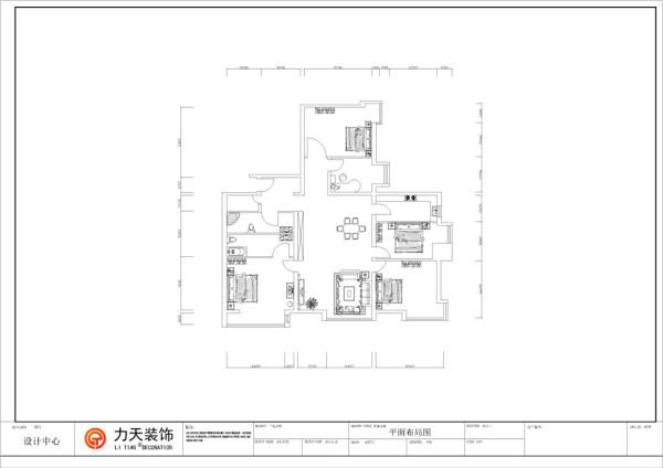 再往里走,是餐厅与客厅,客厅的左边是带有卫生间的主卧,主卧有一个小阳台;客厅右边是两间次卧;餐厅旁边是厨房,正对着客餐厅的是一间次卧和一间书房;整体空间布局规整,通透明亮。