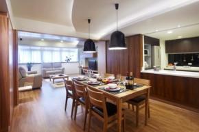 简约 现代 时尚 高度国际 三居 白领 80后 白富美 高富帅 餐厅图片来自北京高度国际装饰设计在132平原木色系三居室的分享