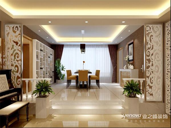 不同的时间段表现出灵活性、兼容性和流动性,如休憩空间和餐饮空间通过一个钢结构的夹层来分割,阁楼上的垂幔吊顶又限定了床的范围,这是典型的现代空间设计手法。