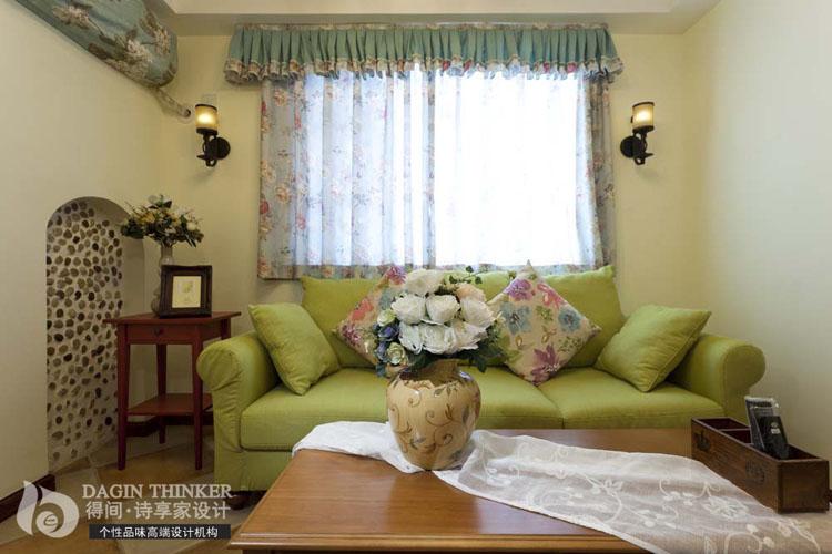 客厅图片来自得间诗享家设计在港东名居的分享