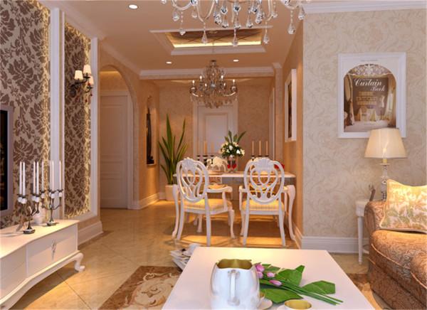 亮点:豪华的吊顶灯具以及桌椅餐具完美的诠释了欧式的大气奢华,配上浪漫的烛台,在整体空间搭配中起到了画龙点睛的作用。