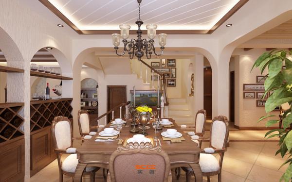 设计理念:舒适的用餐环境,会增加家人的温馨感。 亮点:家居配饰,在房间中充当着重要的角色,它不仅可以给我们带来实际用途,还能使房间鲜活起来,犹如注入了新鲜血液一般。