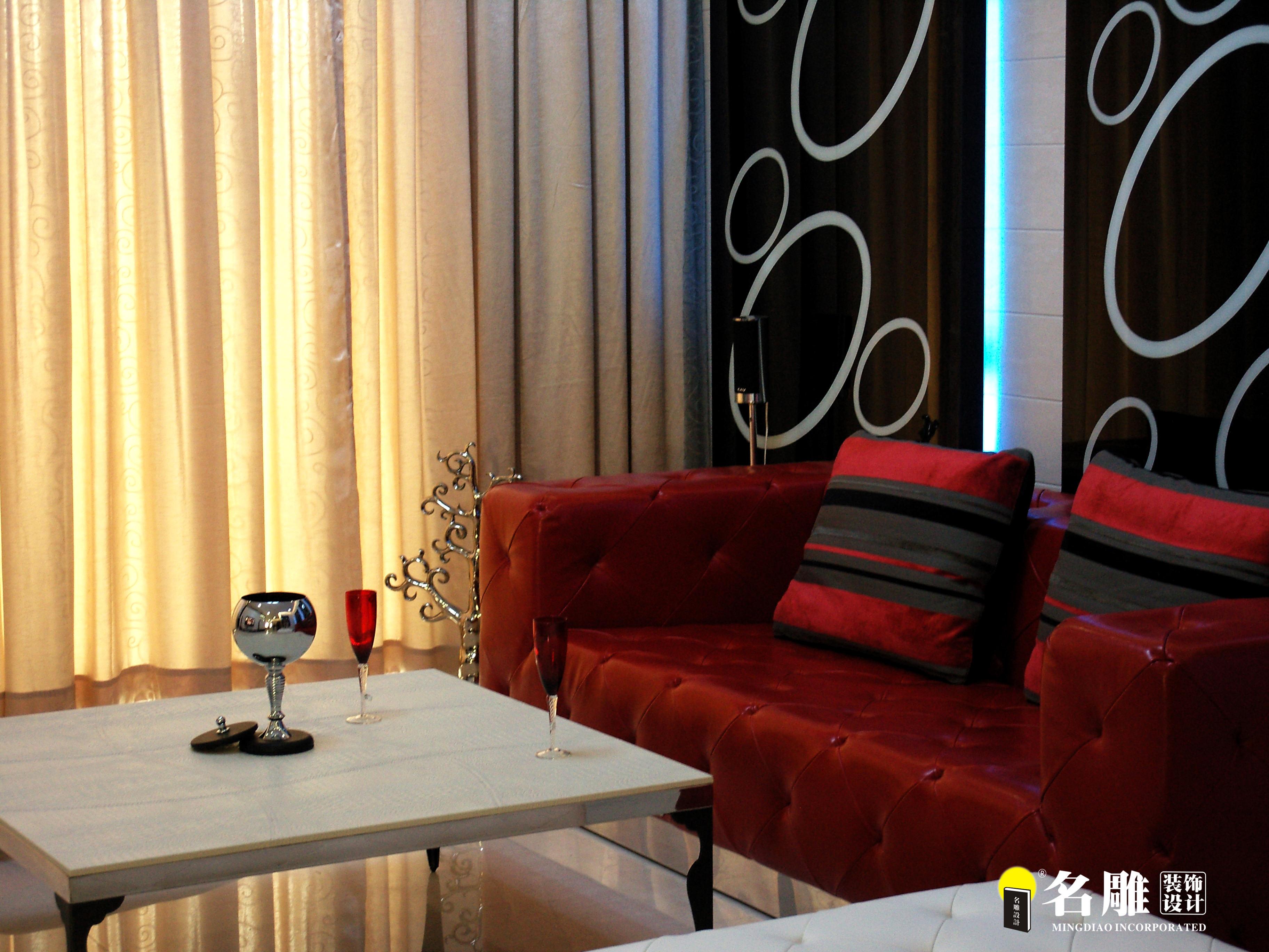 现代 三居 白领 四口之家 时尚个性 名雕装饰 客厅图片来自名雕装饰设计在枫丹白露现代时尚三居室装修设计的分享