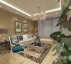 沙发墙运用照片的各种装饰的表现形式,更加彰显业主的品味与内涵。