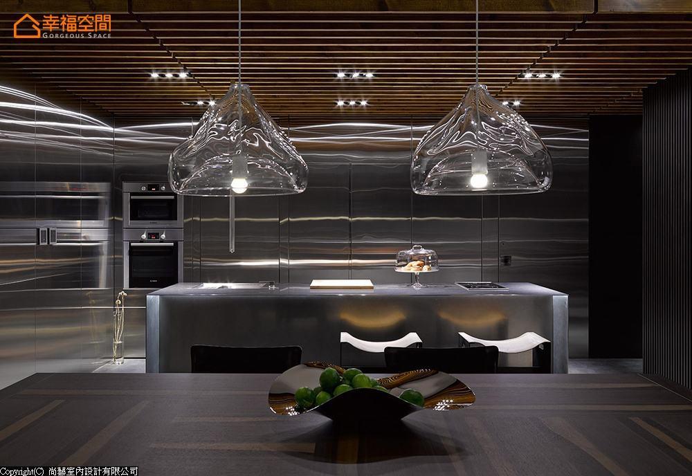 简约 现代 大坪数 四居 厨房图片来自幸福空间在231平通透视野 串联家的温馨情境的分享