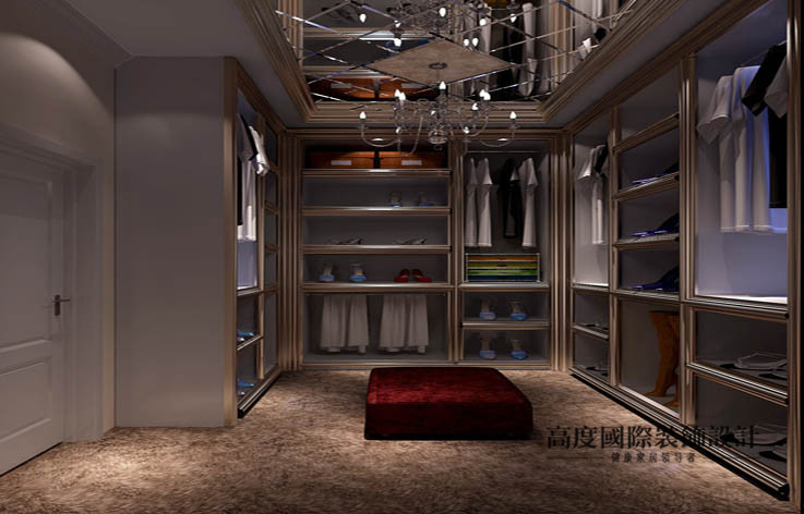 欧式 洋房 衣帽间图片来自高度国际设计装饰在鲁能7号院186㎡花园洋房欧式风格的分享