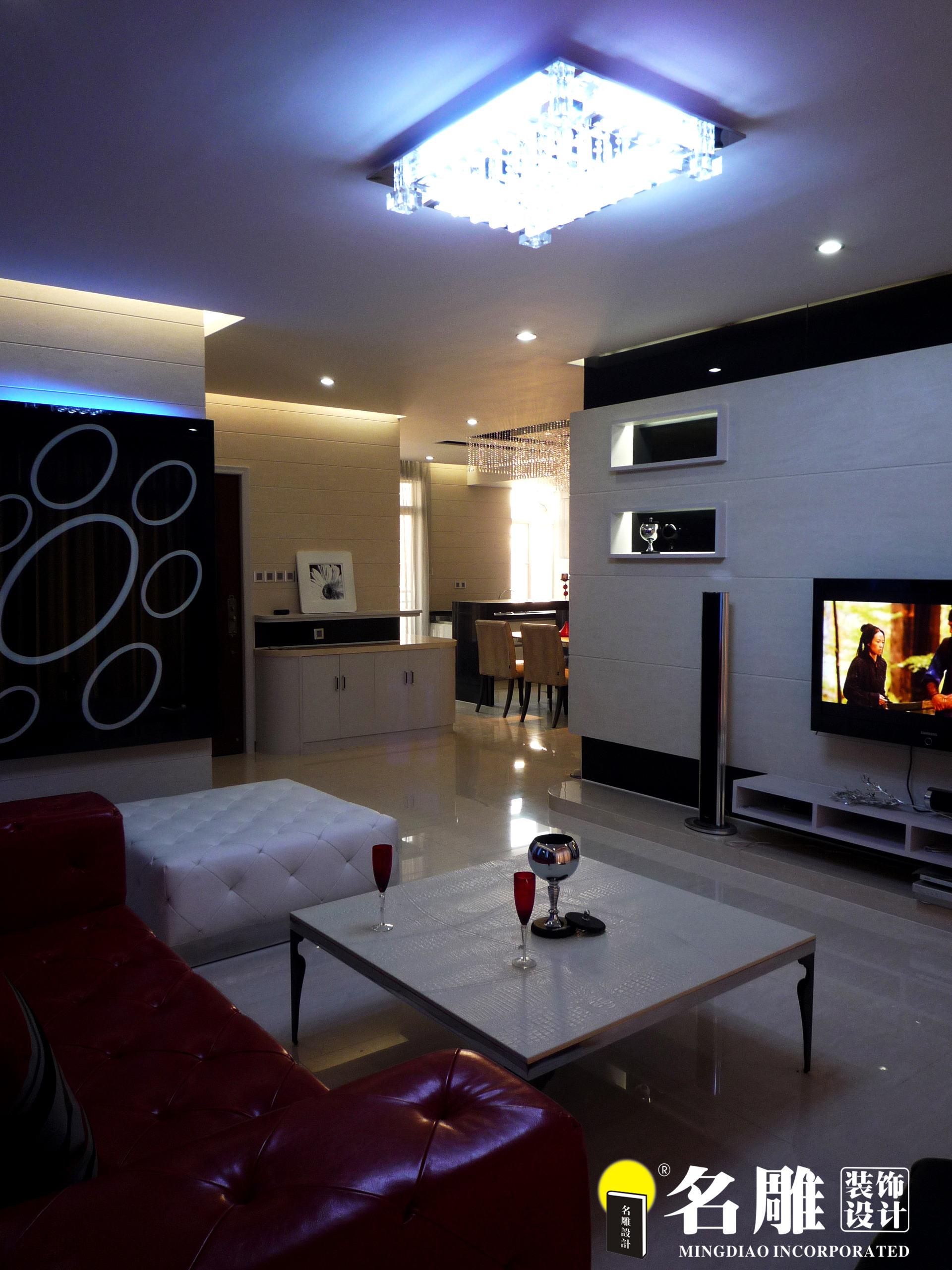 现代 三居 白领 四口之家 时尚个性 名雕装饰 客厅 客厅图片来自名雕装饰设计在枫丹白露现代时尚三居室装修设计的分享