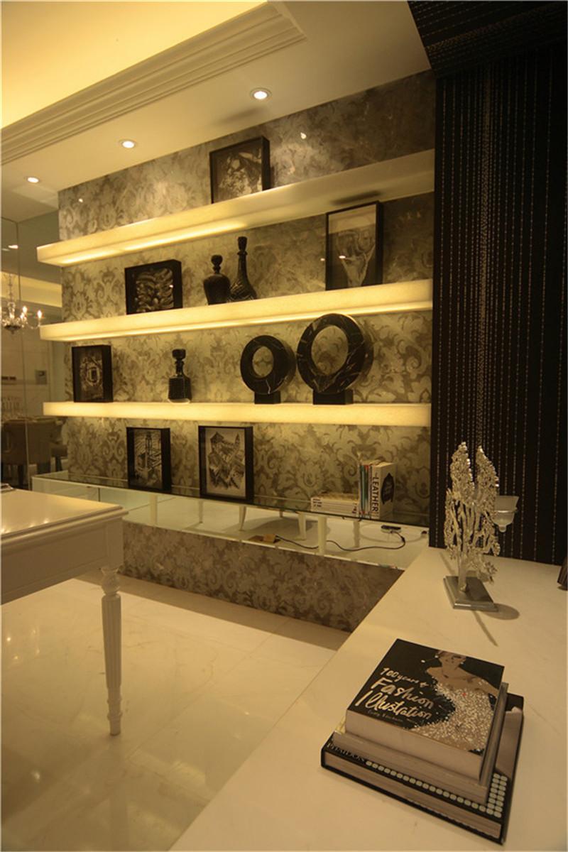 空间感 品质 欧式 书房图片来自湖南名匠装饰在创造欧式生活空间的分享