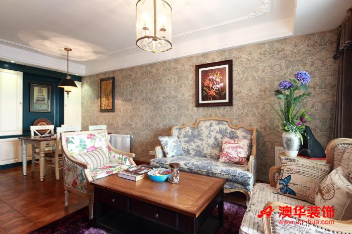 东南亚风格 混搭 复地东湖 客厅图片来自用户5193438255在驴友复地东湖国际107平米小三居的分享