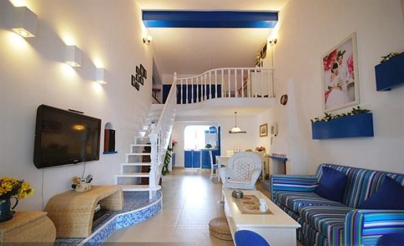 地中海风格 实创装饰 二居 白领 收纳 80后 客厅图片来自武汉实创装饰在顶层阁楼loft温馨地中海小家的分享