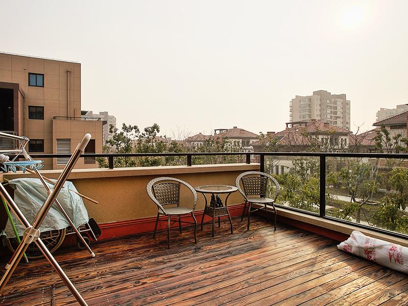 简约 二居 白领 小资 阳台图片来自上海知贤设计小徐在不一样的现代情致的分享
