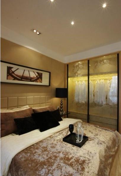 简约 三居 白领 收纳 80后 卧室图片来自武汉实创装饰在110平浪漫舒适时尚三居的分享