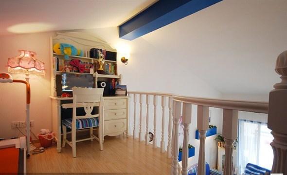 地中海风格 实创装饰 二居 白领 收纳 80后 书房图片来自武汉实创装饰在顶层阁楼loft温馨地中海小家的分享