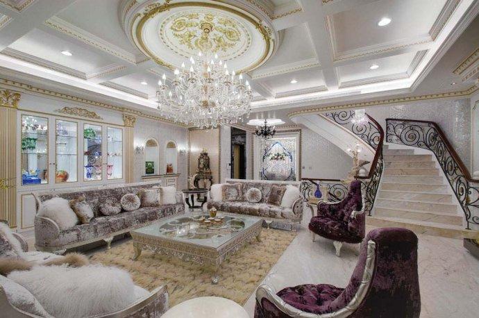 欧式 别墅 复式 收纳 高雅 客厅图片来自武汉实创装饰在220平米简欧装修,展现品质生活的分享