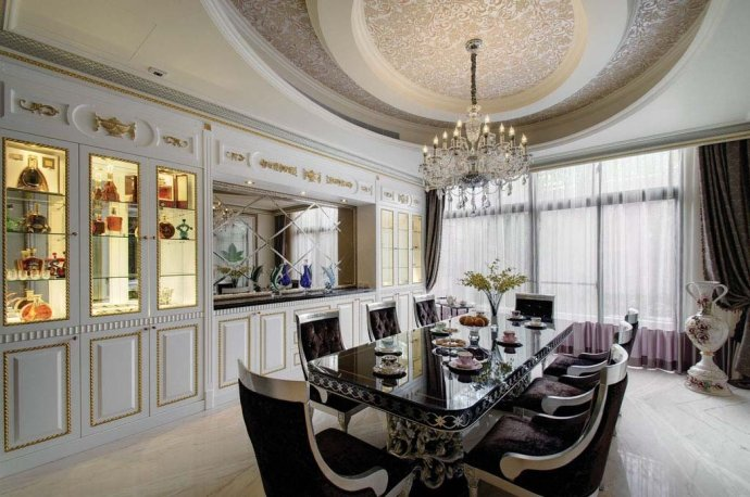欧式 别墅 复式 收纳 高雅 餐厅图片来自武汉实创装饰在220平米简欧装修,展现品质生活的分享