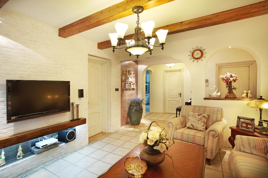 田园 三居 80后 客厅图片来自潍坊万泰装饰在80后清新爱居 140平温馨田园风的分享