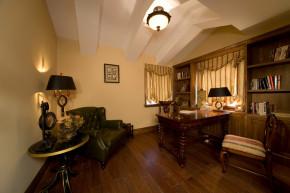 美式 别墅 舒适 大气 奢华 书房图片来自武汉实创装饰在玉龙岛美式乡村别墅的分享