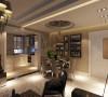 亮点:厨房与餐厅之间采用隔断做通透墙体,让空间看上去既有层次感又能融为一体,并且不阻碍光线的穿透性,吊顶的设计让空间看起来更加时尚.
