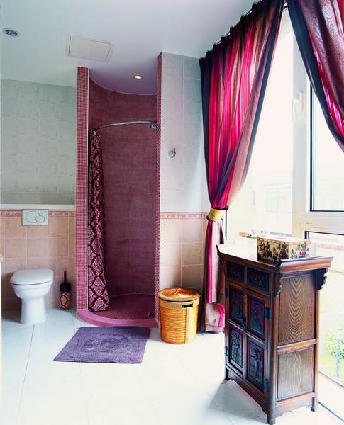 卫生间图片来自元洲胡彩霞在混搭三层别墅-卡尔生活馆的分享