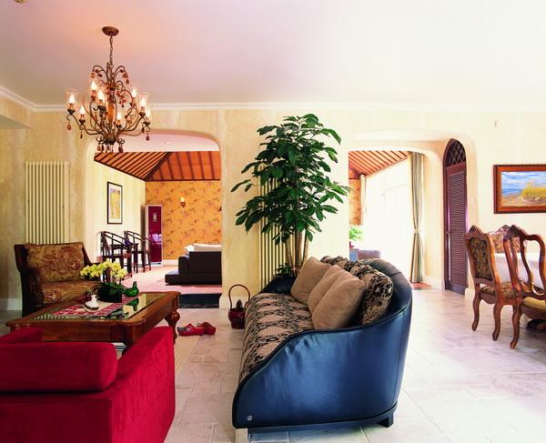 客厅图片来自元洲胡彩霞在混搭三层别墅-卡尔生活馆的分享