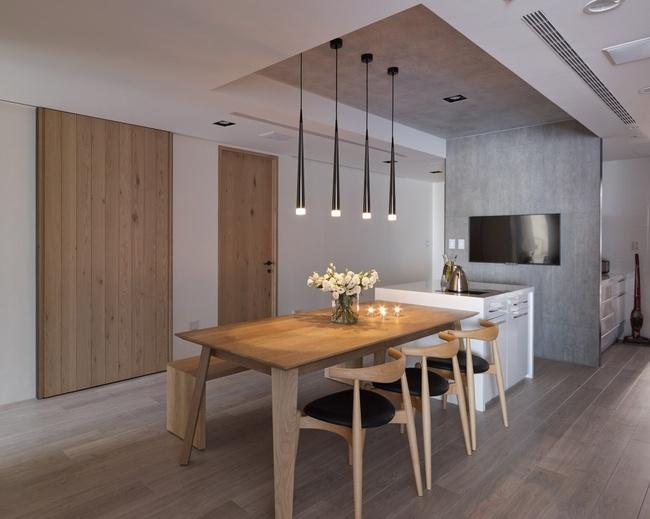 餐厅图片来自家装大管家在97平木质清新居 三代同堂幸福宅的分享