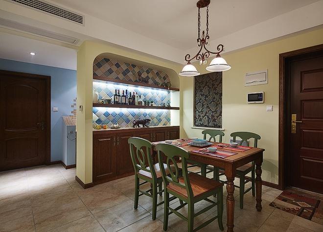 餐厅图片来自家装大管家在放逐的波西米亚 107平魅力混搭居的分享