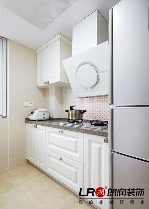 欧式 简约 白领 80后 小资 收纳 三居 小清新 厨房图片来自朗润装饰工程有限公司在80后小资小清新温馨简欧静谧空间的分享