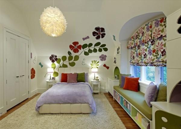 像这样唯美的公主房间,怎么能够没有一个温暖可爱的飘窗呢?