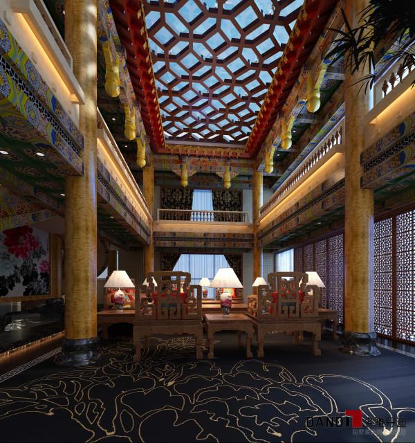 """名雕丹迪别墅设计,熙龙湾顶级私人会所客厅:设计师以中国独有的""""龙""""文化为主题,用皇式的气度来定位整个空间格调。"""