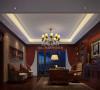 书房采用深色设计,配以柔和的灯光,让人安静的享受读书的乐趣。