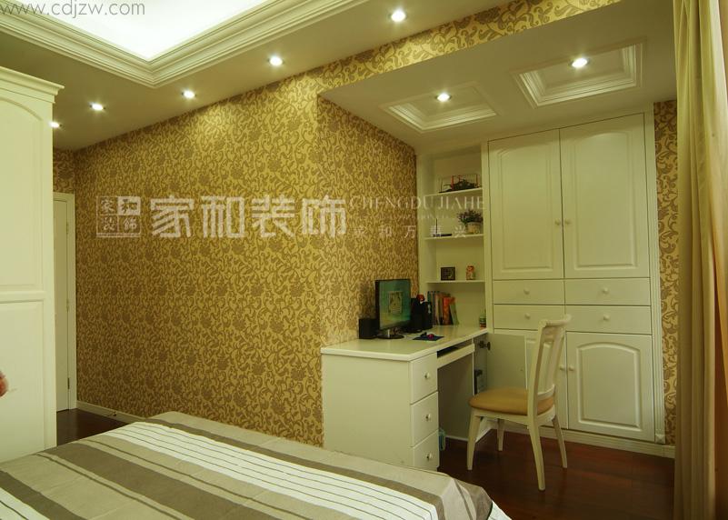简约 欧式 卧室图片来自成都家和在温馨简欧。的分享