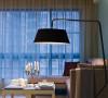 160㎡落地灯+布沙发+绿墙面微弱的灯光